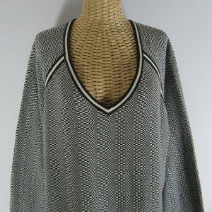Vtg Tommy Hilfiger Plus 3X Black White Sweater